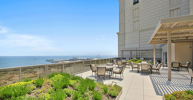 rooftop lounge of 850 N Lake Shore Drive apartments in the Gold Coast of Chicago