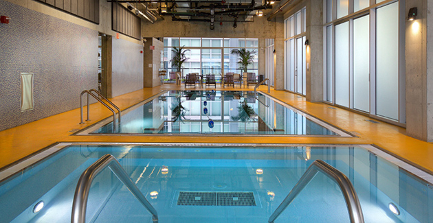 Aston Chicago Apartments indoor swimming pool located in the Streeterville neighborhood of Chicago