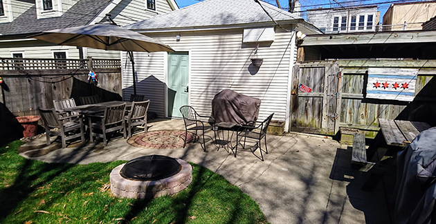 backyard patio of North Center apartment for rent in Chicago, IL