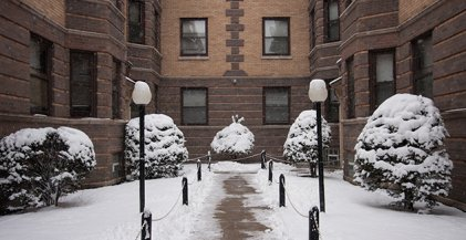A snowy courtyard in a Chicago apartment building