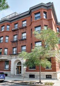 exterior of brick apartment building in Chicago