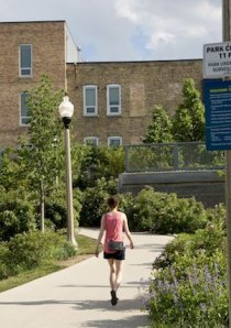 apartment renter walking on the 606 trail in Bucktown neighborhood of Chicago