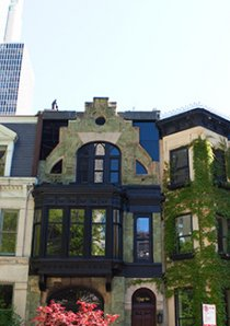 vintage apartment buildings and homes in the Gold Coast neighborhood of Chicago