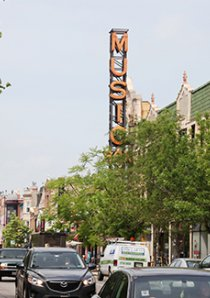 Southport Ave and the large sign of The Music Box Theater in Lakeview, Chicago