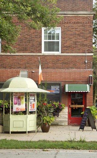 exterior of bar in St Ben's Chicago