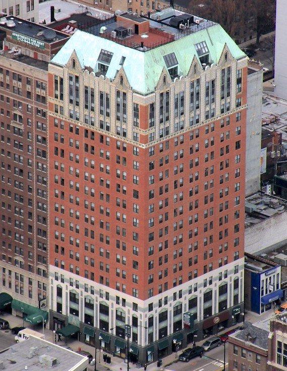 10 West Elm Apartments