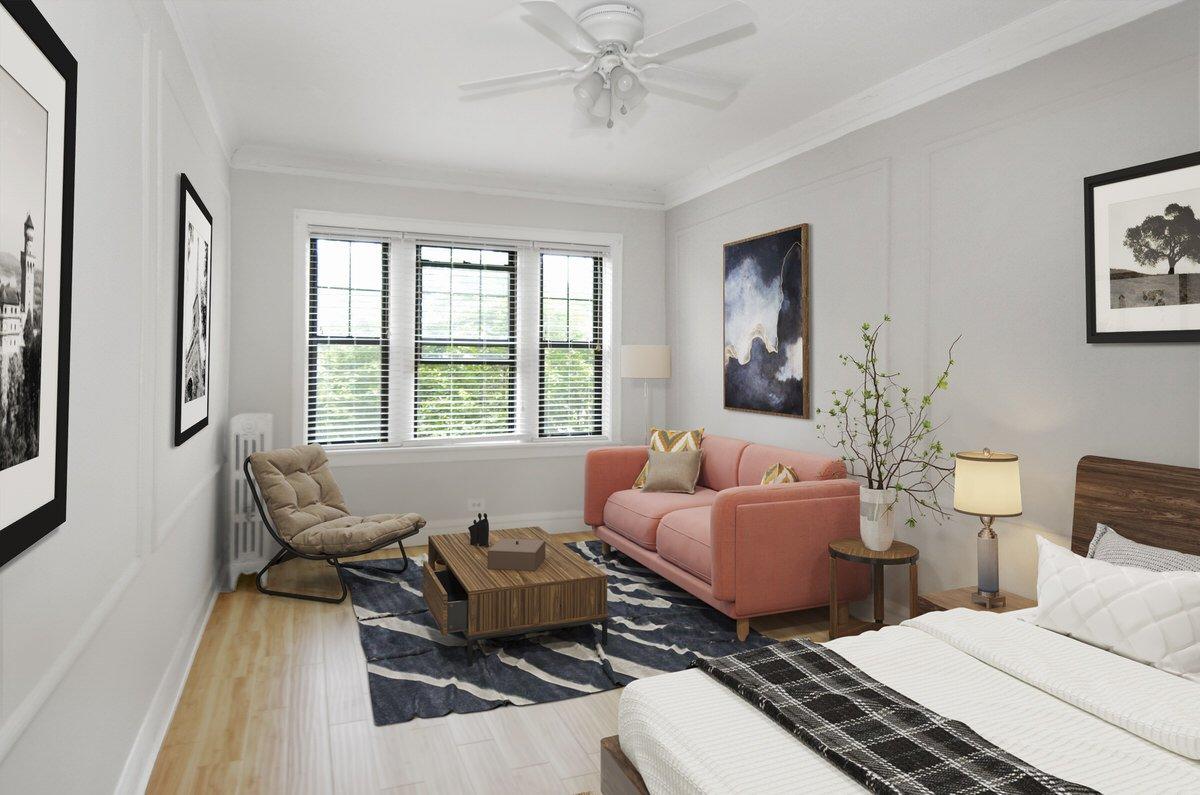 1049 West Oakdale Apartments