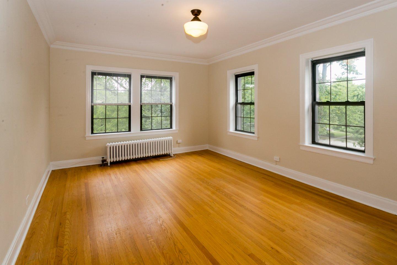 1135-1137 Maple Apartments