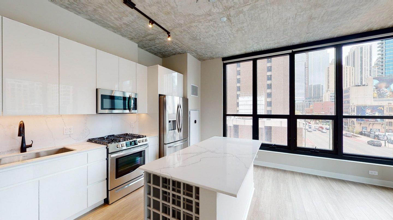 AMLI 808 Apartments
