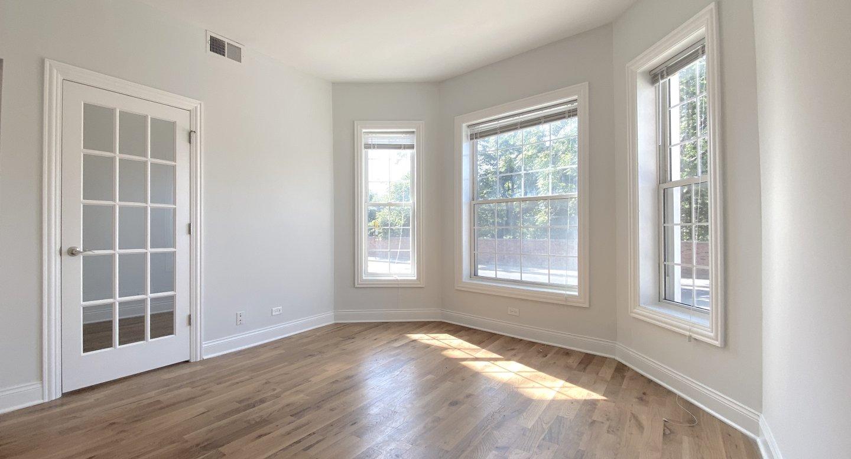 4401 North Clark Apartments