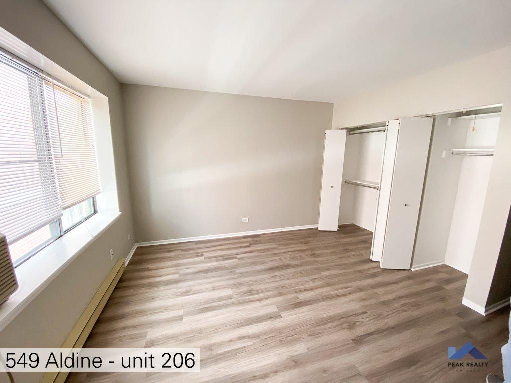 549 West Aldine Apartments