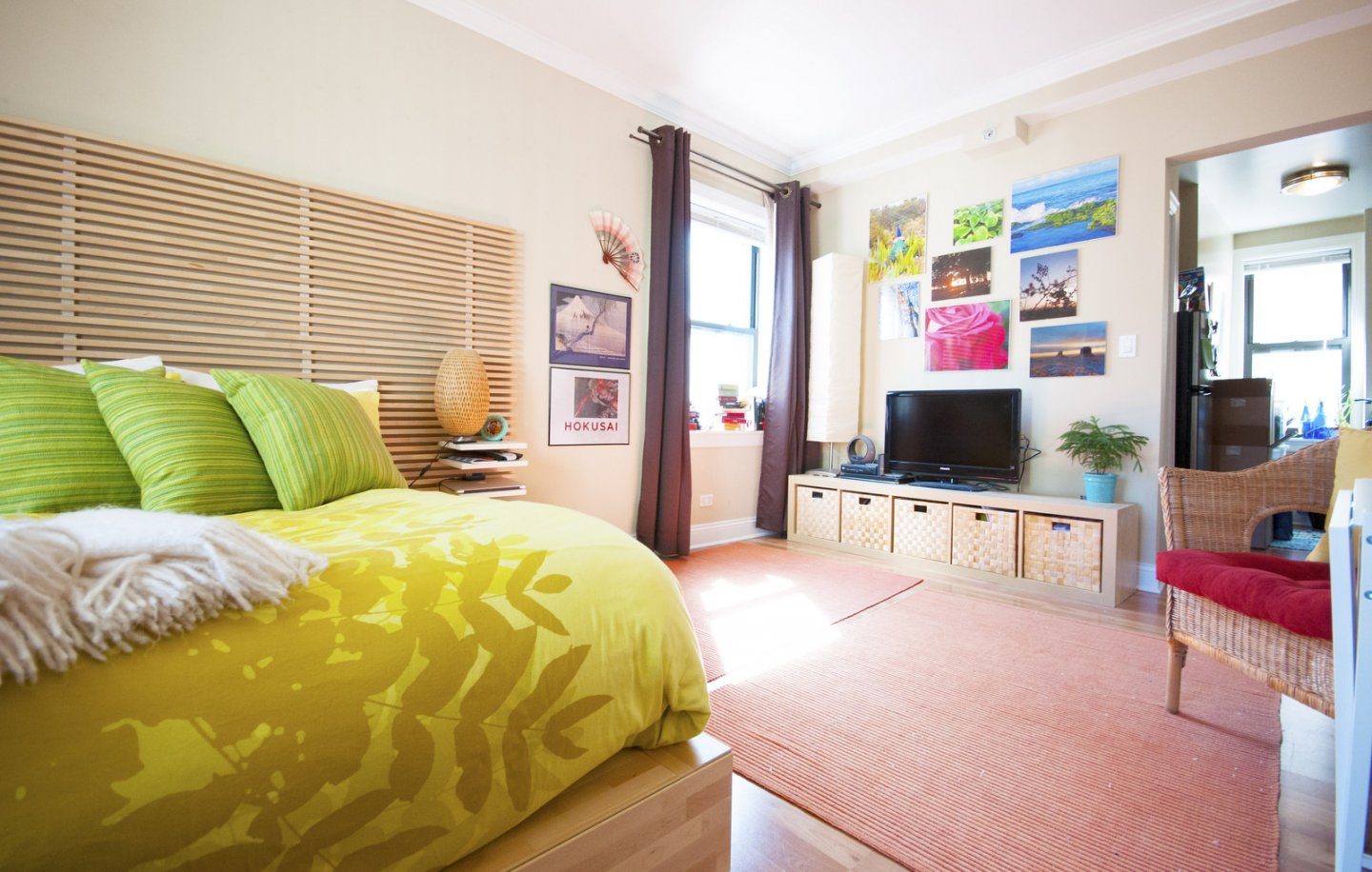 master bedroom at 211 E Delaware Apartments in the Gold Coast Chicago