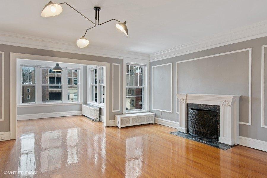 439 W Melrose Apartments