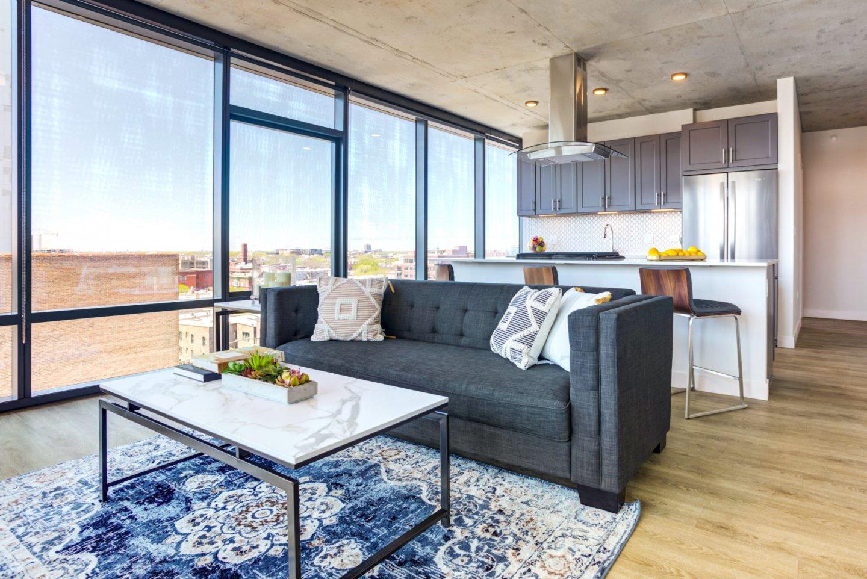 Four50 Belmont Apartments