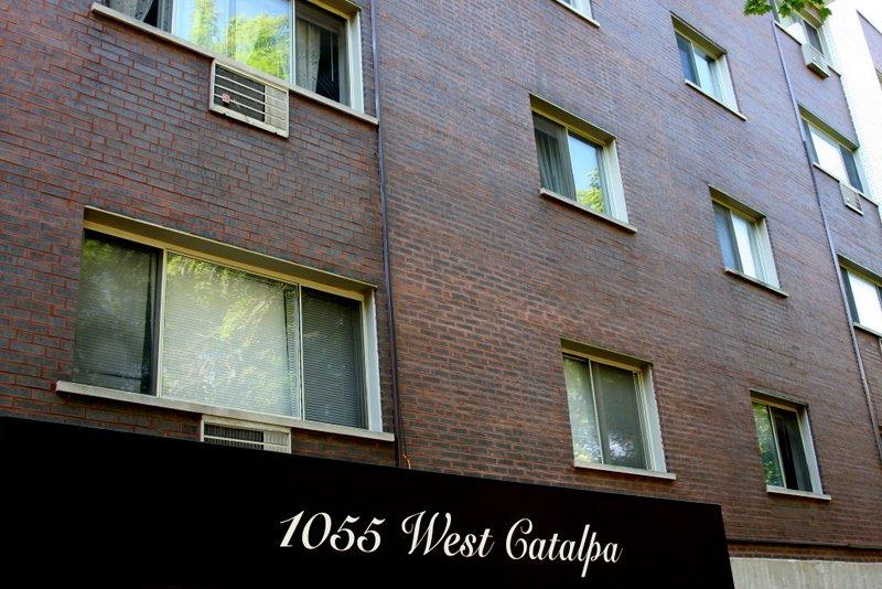 1055 W Catalpa