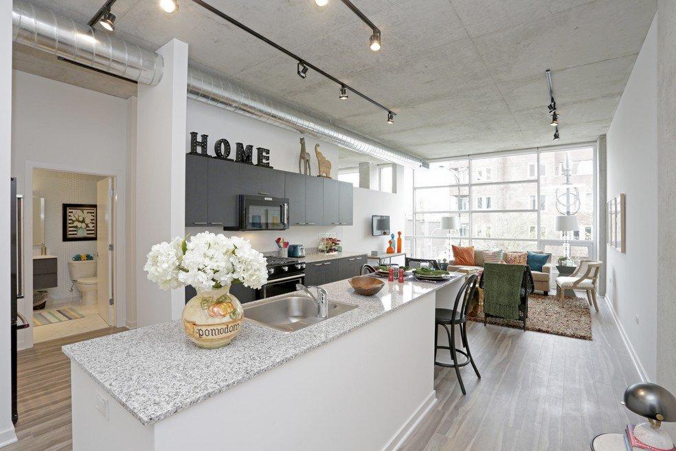 white kitchen at 1819 Lofts in Wicker Park Chicago