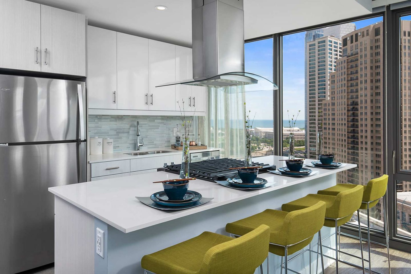 luxury kicthen and island at 1001 South State Apartments in the South Loop
