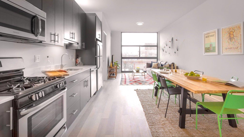 L - Logan Square Apartments