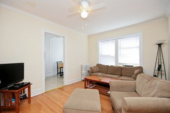649 West Oakdale Apartments