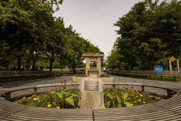 Scoville Park monument garden benches Oak Park, IL