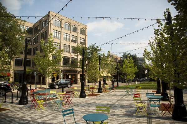 Patio seating in downtown Evanston